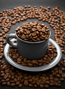 Free Coffee Composition Of Grain And Cup Stock Photography - 17353012