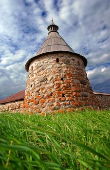 Free Old Defensive Tower Royalty Free Stock Images - 17353759