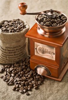 Free Coffee Beans In Bag And Coffee Mill Royalty Free Stock Image - 17354146