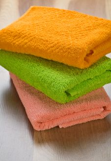 Free Colored Towels Stock Images - 17354224
