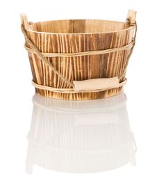 Free Isolated Wood Bucket Royalty Free Stock Images - 17358989