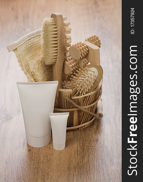 Tubes and wooden bucket