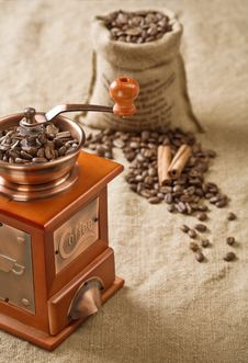 Coffee In Bag Cinnamon And Coffee Mill Stock Photography