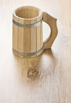 Free One Wooden Mug Royalty Free Stock Photography - 17362207