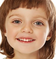 Free Happy Little Girl Portrait Close Up Royalty Free Stock Photography - 17362707