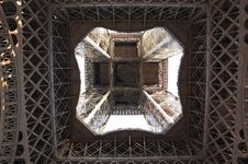 Free Eiffel Tour Royalty Free Stock Images - 17365299