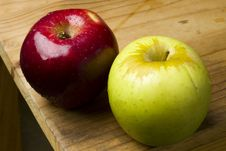 Free Red And Green Apples Royalty Free Stock Image - 17365556