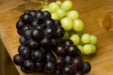 Free Fresh Organic Grapes Royalty Free Stock Image - 17365676
