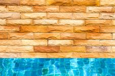 Free Swimming Pool Royalty Free Stock Photography - 17366147