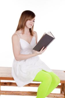 Free Green Tights Book Reading Royalty Free Stock Photography - 17367377
