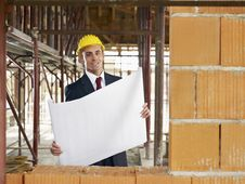 Free Architect In Construction Site Royalty Free Stock Images - 17373359