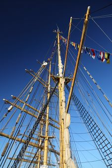 Free Ship Tackles, Rigging On A Old Frigate Stock Photography - 17373382