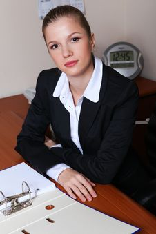 Free Businesswoman In Office Stock Images - 17374394