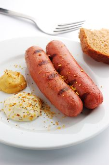 Free Grilled Sausages Royalty Free Stock Photo - 17374555