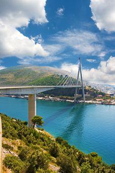 Free Bridge Across The Bay In Dubrovnik Stock Photo - 17374560