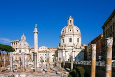 Free Traian Column And Santa Maria Di Loreto Royalty Free Stock Photography - 17374667