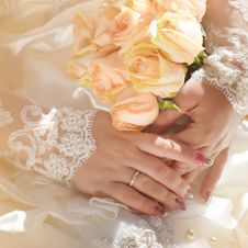 Free Brides Hand Stock Photo - 17375420
