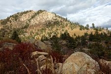 Free Mountains And Rocks Royalty Free Stock Photos - 17377798