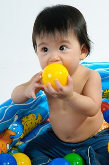 Free Kid Playing Toy In Bath Royalty Free Stock Photography - 17378027