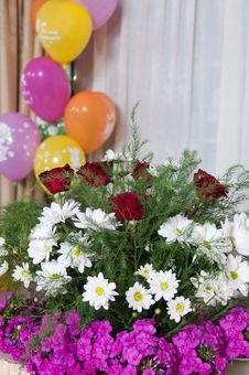 Free Bouquet And Spheres. Stock Photos - 17378223