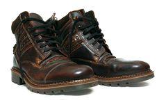 Free Boots Stock Photos - 17378393