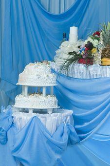Free Wedding Pie. Stock Photo - 17378630