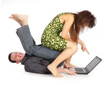Free Guy And Girl With The Laptop Royalty Free Stock Photo - 17382475