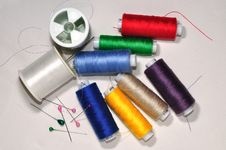 Free Spools Of Color Threads Stock Images - 17382894