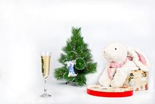 Free Christmas Tree And A Toy White Rabbit Royalty Free Stock Photos - 17385318