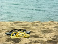Free Sandals At The Beach - Brazil Royalty Free Stock Photography - 17386507