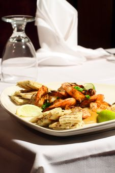 Tai Spiced Prawn And Toasted Naan Stock Image