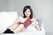 Free Girl Reads Book Royalty Free Stock Photo - 17389715