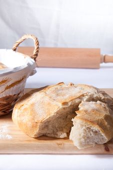 Free Fresh Bread Stock Images - 17398404