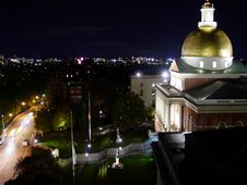 Free Massachusetts Statehouse At Night Royalty Free Stock Image - 1747476