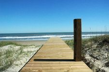 Free Pillar Beach Access Royalty Free Stock Photos - 1748148