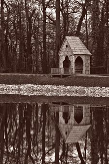 Free Gazebo In Sepia Royalty Free Stock Photo - 1749875