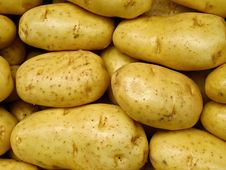 Free Fresh Yellow Market Potatoes Stock Photos - 17406643