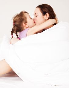 Free Mother And Daughter Royalty Free Stock Photos - 17406688