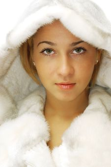 Free Portrait Of Girl In A Fur Coat Royalty Free Stock Photography - 17410897