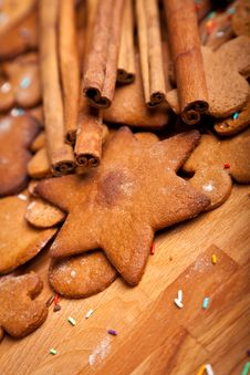 Free Traditional Home Baked Ginger Cookies Royalty Free Stock Photos - 17410948
