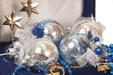 Free Blue Christmas Decoration In Box Stock Photography - 17412002