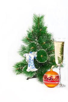 Free Christmas Tree Decorated With Toys And A Glass Of Royalty Free Stock Image - 17413096