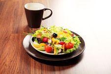 Free Fresh Salad Royalty Free Stock Image - 17414216