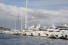Free Yachts In The Harbour Stock Images - 17418424