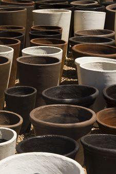 Free Nursery Garden Clay Plant Pots Royalty Free Stock Photos - 17419038