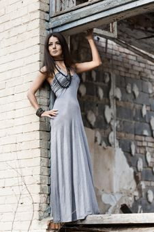 Free Fashionable Woman Stock Images - 17420124