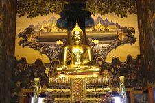 Free Buddha Statue Royalty Free Stock Photography - 17422157