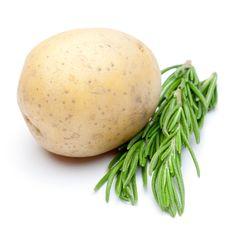 Free Potato With Fresh Rosemary Stock Photo - 17426770