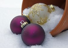 Free Baubles In The Snow Stock Photos - 17427673