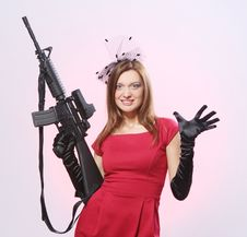 Attractive And Sexy Spy Woman With Assault Rifle Royalty Free Stock Images